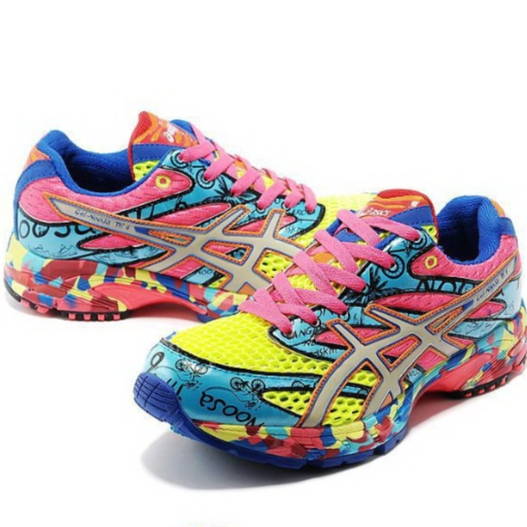 Asics Trainers Gel Noosa TRI 6 Coral